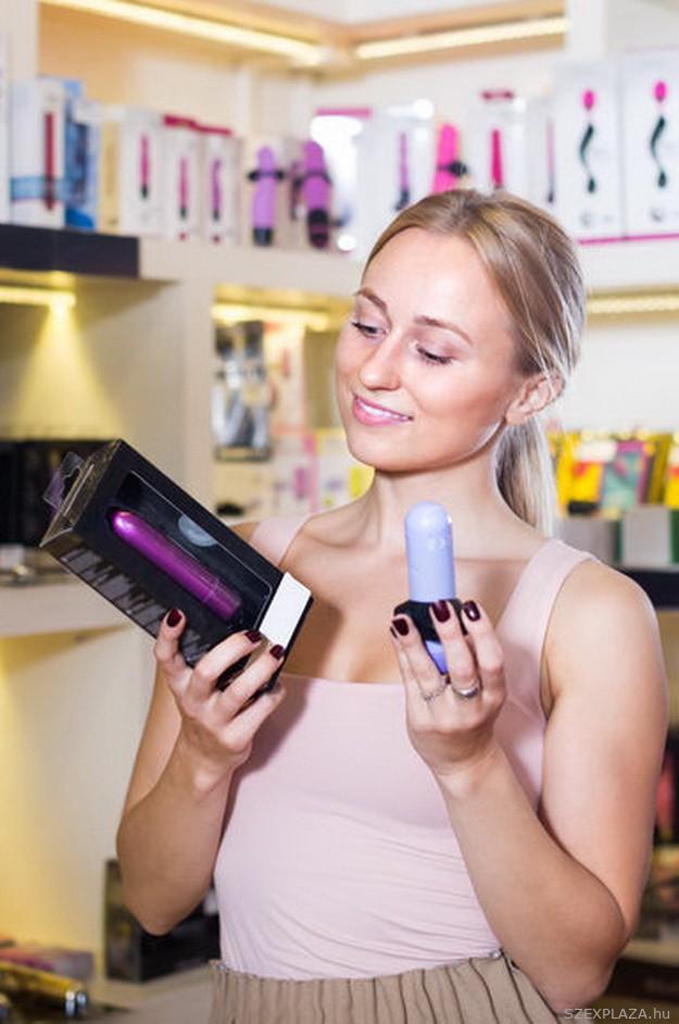 Szex kellékek online sexshopban rendelhetők, vagy a Szexüzletben Bp. Károly krt. 14. sz alatt megvásárolhatók